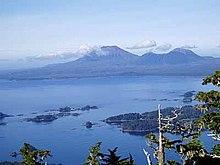 220px-Mount_Edgecumbe_Alaska.jpg