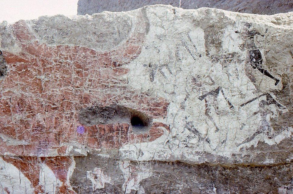 Mural from Çatalhöyük excavated by James Mellaart showing neolithic hunters attacking an aurochs (Bos primigenius).