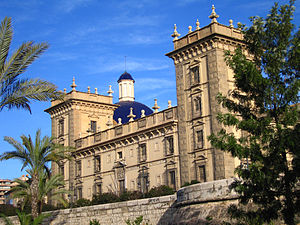 Museu de Belles Arts de València - External view of the museum.