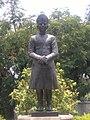 Nawab Mir Yusuf Ali Khan Statue.jpg