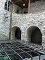 Niedzica studnia zamku górnego02.JPG