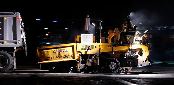 Night paving 04 moving paver.jpg