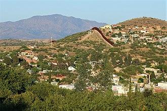 Nogales, Arizona - Image: Nogales