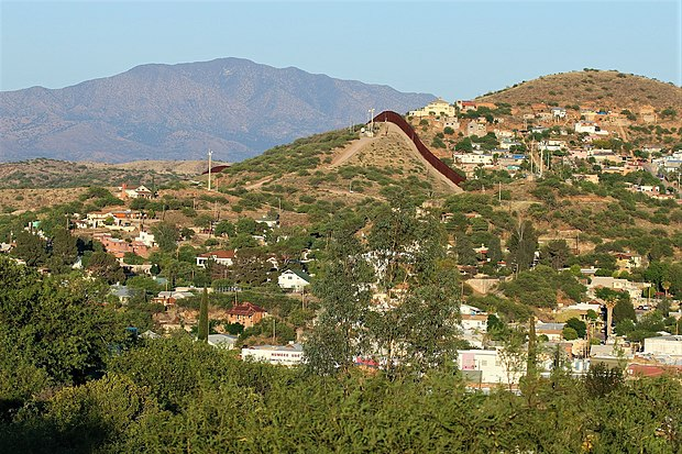 City of Nogales and landscape of the Municipality of Nogales. Nogales.jpg