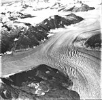 Norris Glacier, junction of dead branch and main branch of valley glacier, firn line visible in the background, and hanging (GLACIERS 6075).jpg