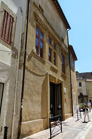 Salon-de-Provence - Nostradamus house
