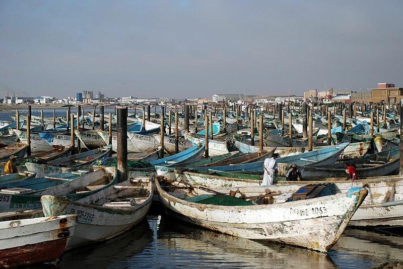 File:Nouadhibou,PortArtisanal1.jpg
