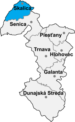 Location of Skalicas apriņķis