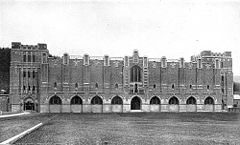 Old Hayes Gym 1910.jpg