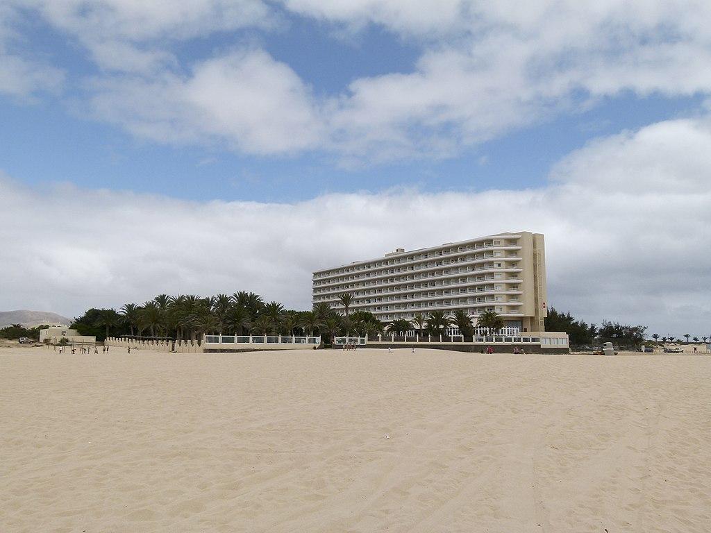 Original file 4 320 3 240 pixels file size mb for Riu oliva beach fuerteventura