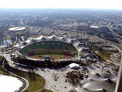 Olympiastadion 1.jpg
