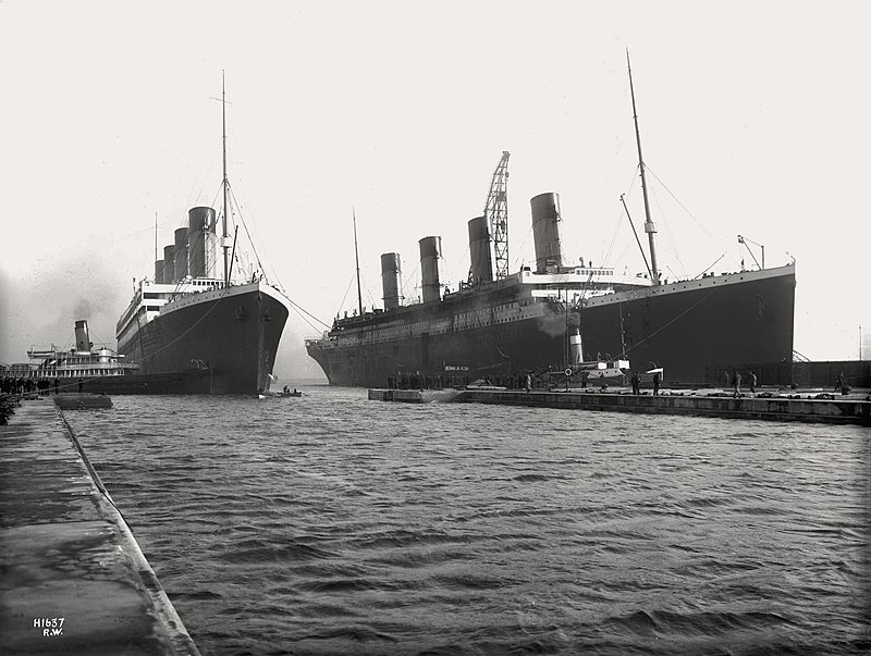 Left ship RMS Olympic and right one RMS Titanic