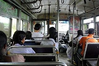 320px-On_a_bus_in_Sri_Lanka_(Badulla_dis