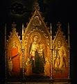 Orcagna - Drieluik met Madonna en Kind en Maria Magdalena en Ansanus 001.JPG
