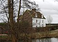 Orchard House, Cryals Farm - geograph.org.uk - 1745036.jpg