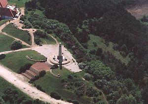 Pákozd - Pákozd, monument from above