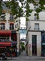 P1060366 Paris XVIII cité Véron rwk.JPG