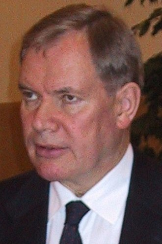 Prime Minister of Finland - Image: Paavo lipponen 15.1.2002 (cropped)