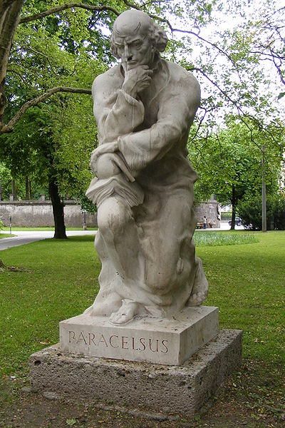 File:Paracelsus-Denkmal.JPG