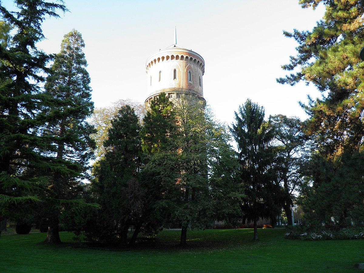 Parc du Château d\'eau — Wikipédia