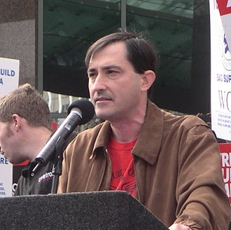 2007–08 Writers Guild of America strike - WGA West president and Futurama writer Patric Verrone speaks at a strike rally in Los Angeles.
