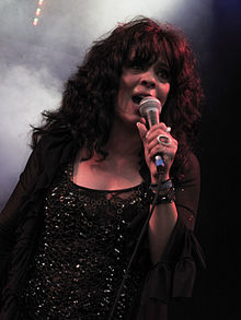 Patti Russo singing at the Isle of Wight Festival 2014.jpg