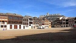 Peñafiel - Plaza del coso - 20110210a.jpg
