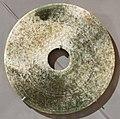 Periodo degli stati combattenti o dinastia qin o han, disco di nefrite, 400-100 ac ca.jpg