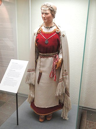 History of Finland - A reconstruction of a 12th-century Perniö costume
