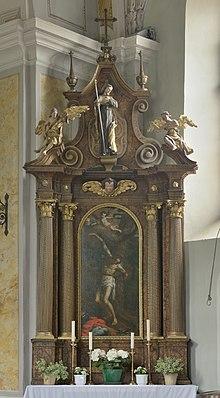 Pfarrkirche Johannes der Täufer Völser Aicha Seitenaltar rechts.jpg