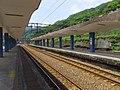 Platform 2, TRA Houtong Station 20150415.jpg