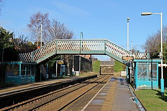Hawarden railway station - Image: Platforms and bridges, Hawarden railway station (geograph 3800175)