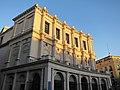 Plaza de Oriente. Atardecer de octubre (5083394177).jpg