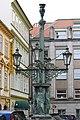 Praha, Malá Strana - Dražického náměstí, kandelábr.jpg