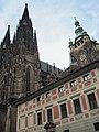 Praha, Staré probošství a Chrám svatého Víta - panoramio.jpg