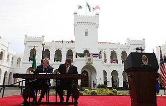 Ikulu - President George W Bush and President Jakaya Mrisho Kikwete sign the Millennium Challenge Compact