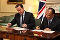 Prime Minister David Cameron with Prime Minister of Mauritius (7351065128).jpg