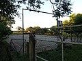 Quadra de esportes da Escola Major Tancredo Penna de Moraes vista a partir da Rua Luiz Bortoluzzi - panoramio.jpg