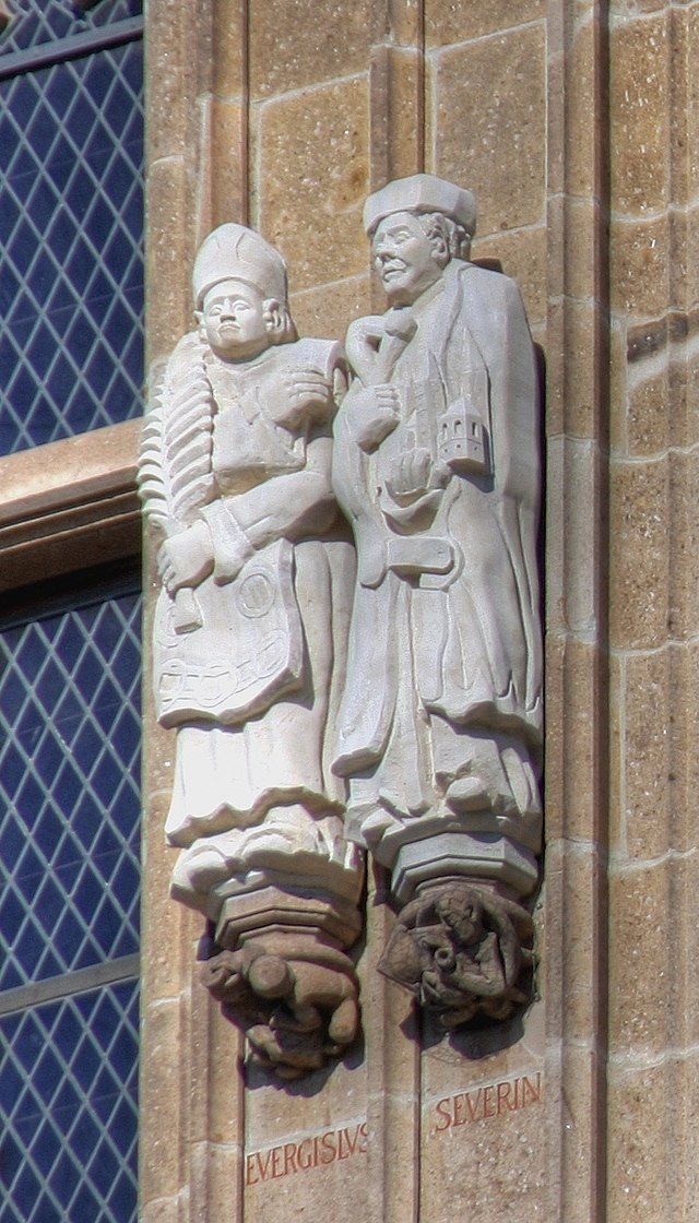 Statuer på rådhustårnet i Köln, Everigisil (tv) og Severin