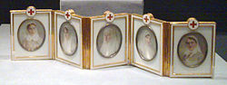 Red Cross with Imperial Portraits (Fabergé egg) surprise.jpg