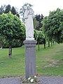 Regniowez (Ardennes, Fr) statue Sacré Coeur.JPG