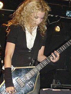 Sean Yseult American guitarist