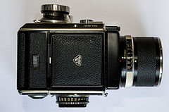 Rolleiflex SL66 closed.jpg