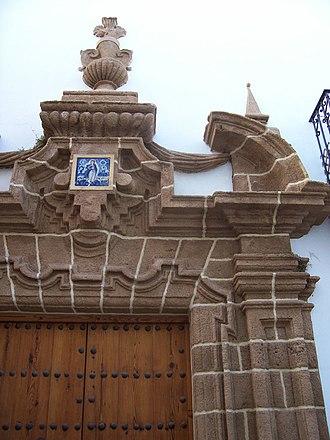 Rota, Andalusia - Image: Rota Portada de piedra ostionera