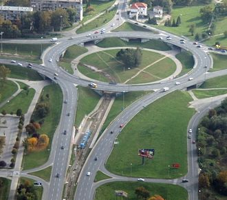 Right-in/right-out - (Lower left) RIRO ramps on and off a divided highway connecting to the Western Rotary in Zagreb, Croatia.
