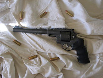 .480 Ruger - Super Redhawk with .480 Ruger rounds