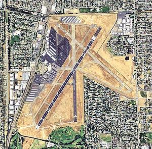 Sacramento Executive Airport - 2006 USGS Photo