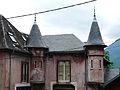 Saint-Béat maison tourelles (1).JPG