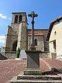 Saint-Priest-la-Vêtre - Croix de mission 1880 et église (juil 2018).jpg