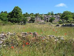 Saint-Rome-de-Dolan (Almieres) - Ferme caussenarde.JPG